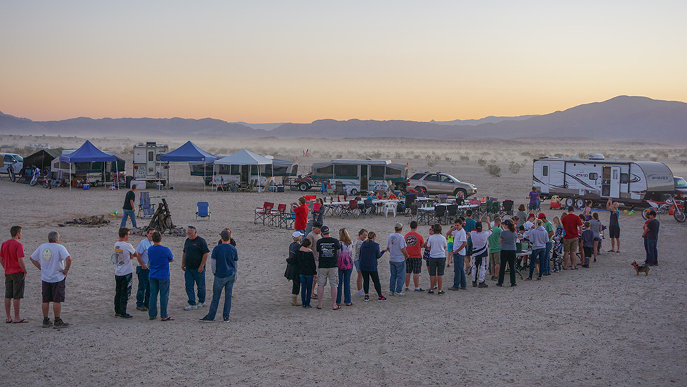 dinner line, camping, boondocking, dinner with friends, potluck, Ocotillo Wells, Anza Borrego, Off roading