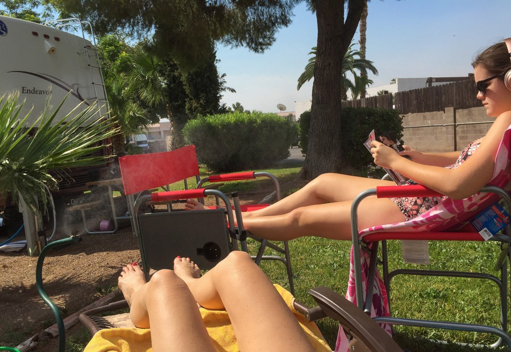 SunbatherGirls